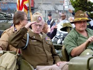 Veteran's Day Parade: Salute
